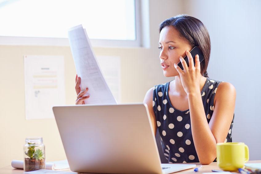 Businesswoman-femme-bureau